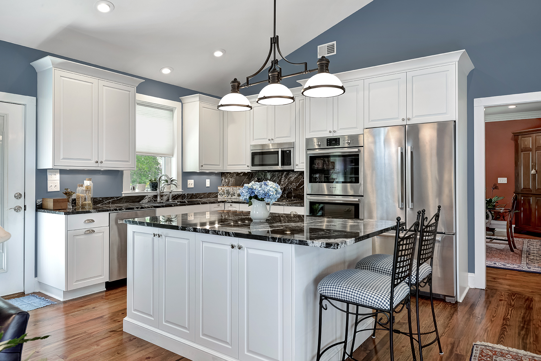Summerville kitchen for aging in place