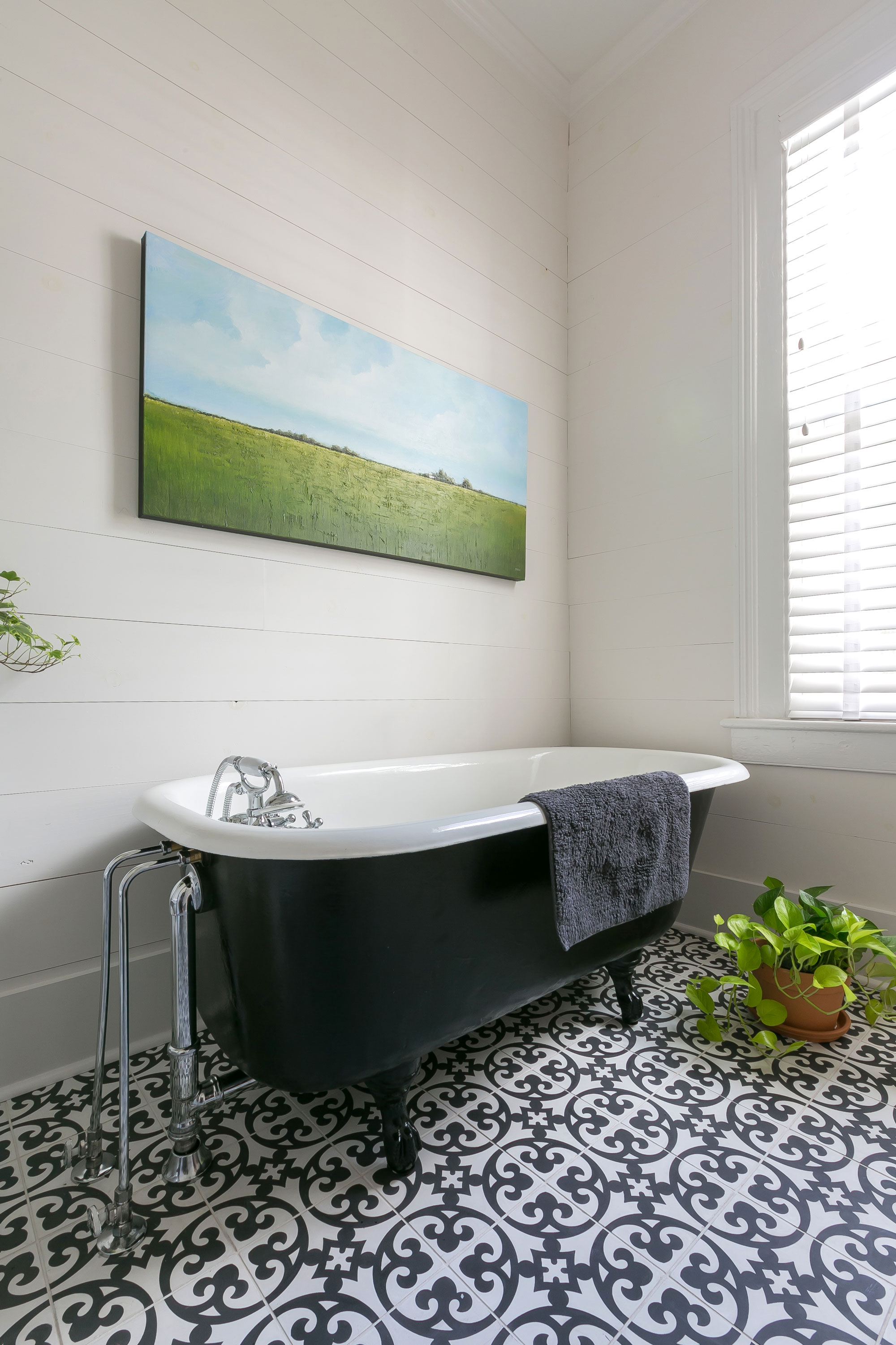 Doar house bathroom renovation with period details using modern fixture and amenities